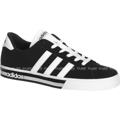 BUTY ADIDAS DAILY TEAM